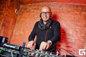 DJ Perets